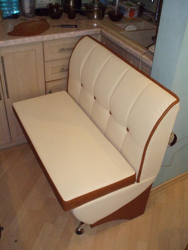 Маленький кухонный диван своими руками