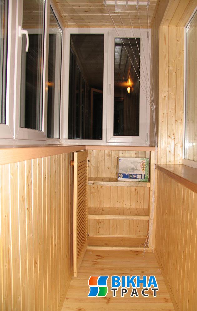 Какой материал лучше для шкафчика на балкон.