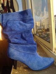 Продам синие замшевые сапоги