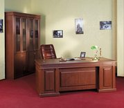 Солидная офисная мебель для кабинета руководителя Классик