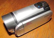 Продам видеокамеру Canon LEGRIA FS21