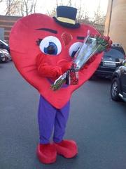 Ростовая кукла «Сердце» поздравит с днем рождения!