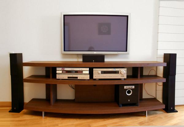 Дизайн тумбочки под телевизор