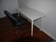 письменны(й)е стол(ы) «ВИКА АМУН/ВИКА КУРРИ» ИКЕА,  белого цвета