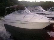 Яхта Maxum 2400