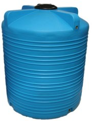 Накопительный бак для воды