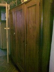 Шкаф деревянный - орех
