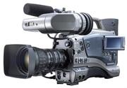 Профессиональную видеокамеру JVC GY-DV5000