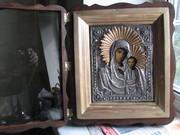 Предлагаю старинную икону Казанской Богородицы 19 век в посеребренном