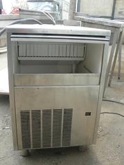 Продам льдогенератор бу Brema для кафе,  ресторанов