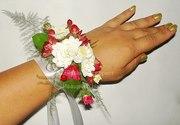 Браслет на руку из цветов Киев