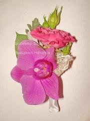 Свадебная бутоньерка из цветов