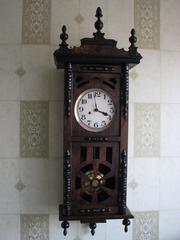 Предлагаю старинные немецкие часы Густав Беккер с трехгонговым боем.