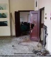 Уборка после пожара.Химчистка мебели после пожара. Устранение запаха.
