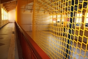 Сетка защитная (заградительная) для спортивных залов и площадок