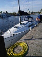 Продам моторную яхту Jeanneau Sun Odyssey 32i 2007