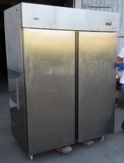 Продам профессиональный холодильный шкаф Zanussi бу