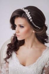 Прическа и макияж для невесты и выпускницы