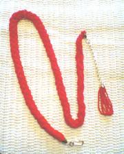 Пояс из бисера,  алого цвета