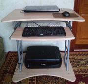 Продам компьютерный стол разборной