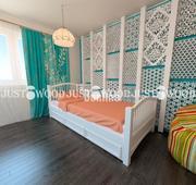 подростковая кровать Каролина из натурального дерева