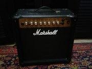 Продам комбоуселитель для гитары MARSHALL MG15 DFX