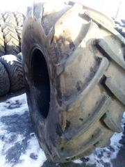 Продам шины б/у тракторные 650/75R32 (24.5 R32) 172A8 Continental