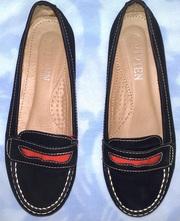 Туфли,  женские,  р.36,  б/у,  замш натуральный,  цвет черный