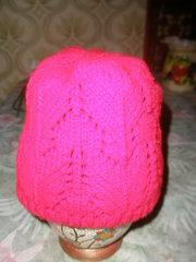 Шапка женская, зимняя, вязанная двойной вязкой, орнамент-узорная, вишнёвая