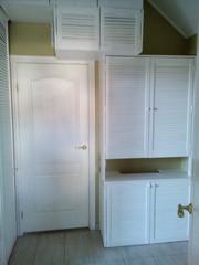Комплект мебели из дверей жалюзи