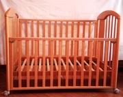 Итальянская кроватка для новорожденного из бука