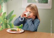 Чудный набор детской посуды от «Villeroy & Boch» из премиум фарфора