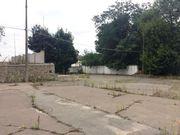 Участок находится в районе метро Васильковская,  г. Киев.