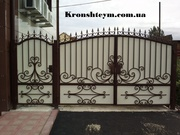Распашные кованые ворота в Киеве