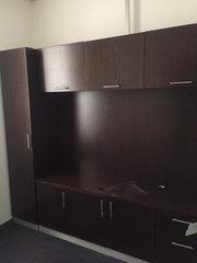 Стенка для офиса,  кабинет руководителя коричневая натуральный шпон