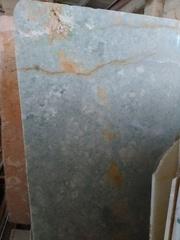 Лестница из натурального камня долгие годы не теряет первый вид