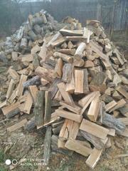 Компанія Кіев Лес пропонує дрова колоті