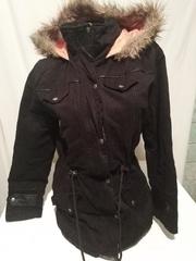Парка фирменная boohoo куртка теплая черная М  капюшон с мехом